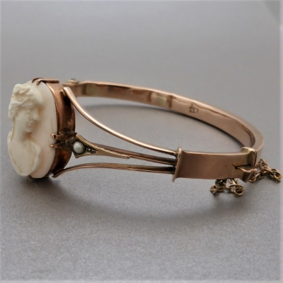antique-cameo-bangle_5 Beryl Lane - Antique 9ct Rose Gold Pearl and Cameo Bangle