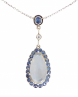 art-deco-moonstone-and-ceylon-sapphire-lavalier-necklace Beryl Lane - vintage moonstone necklace