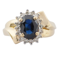 p1040770 Beryl Lane - Vintage Retro Sapphire and Diamond Ring in 18ct white Gold