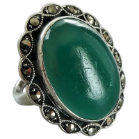 vintage-art-deco-green-glass-marcasite-ring Beryl Lane - Rings