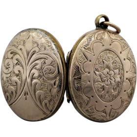 victorian-engraved-mourning-hair-locket Beryl Lane - Home