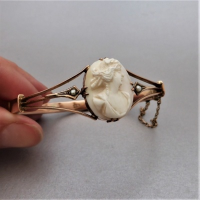 antique-cameo-bangle_1 Beryl Lane - Antique 9ct Rose Gold Pearl and Cameo Bangle