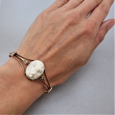 antique-cameo-bangle_9 Beryl Lane - Antique 9ct Rose Gold Pearl and Cameo Bangle