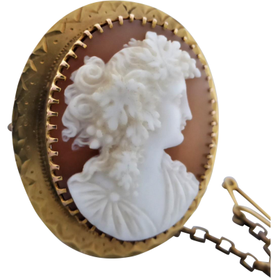 antique_carved_shell_bacchante_cameo_brooch_in_9k_gold Beryl Lane - Antique Carved Shell Bacchante Cameo Brooch in 9ct Gold