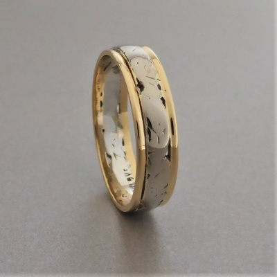 vintage_18ct_white__yellow_gold_patterned__pierced_band_5 Beryl Lane - Vintage 18ct White & Yellow Gold Patterned & Pierced Band