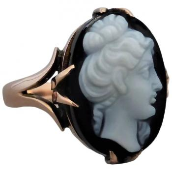 antique-onyx-agate-cameo-ring